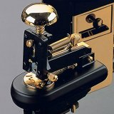 El Casco Small Stapler Black & 23Kt Gold Plated
